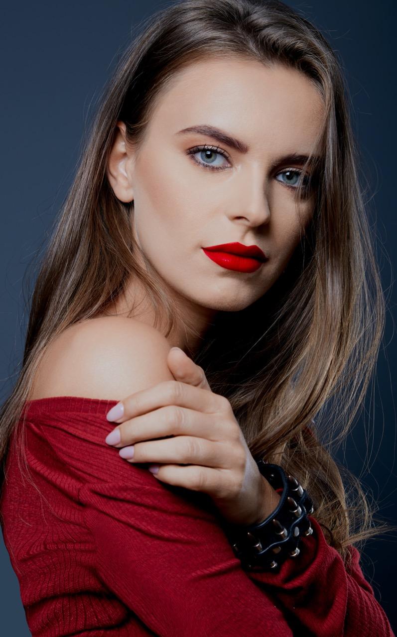 Alexandra Calafeteanu - Designer și stilist vestimentar
